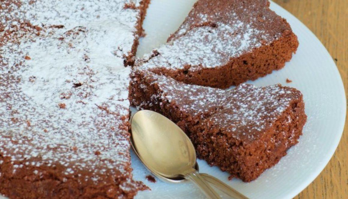 Moelleux au chocolat expresse (2)